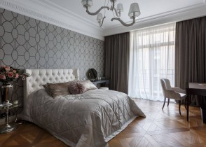 White tufted bedroom grey walpaper window treatment