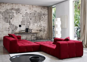 Red-chaise-lounge